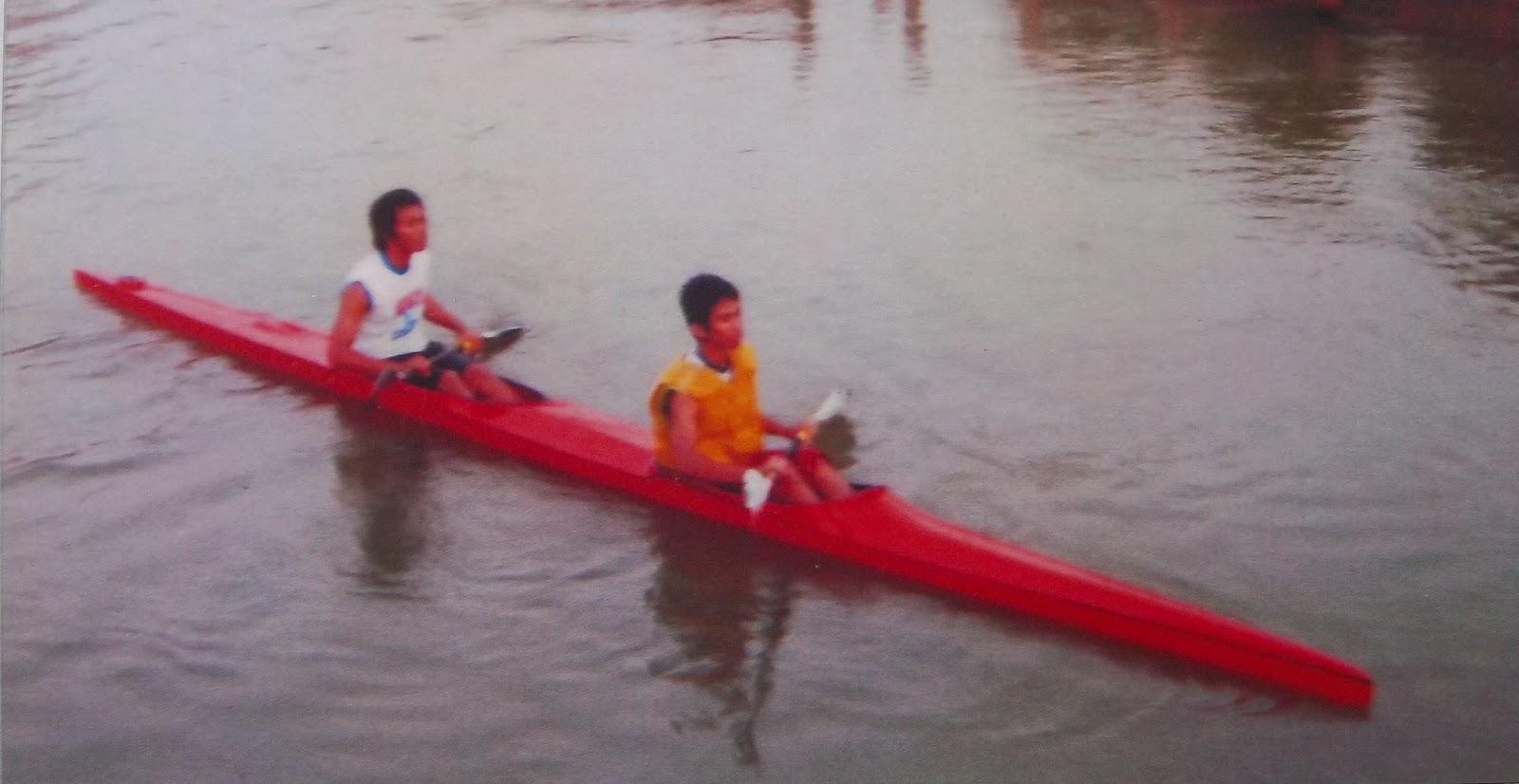 perahu kayak dari fiber glass | kerajinan fiberglass