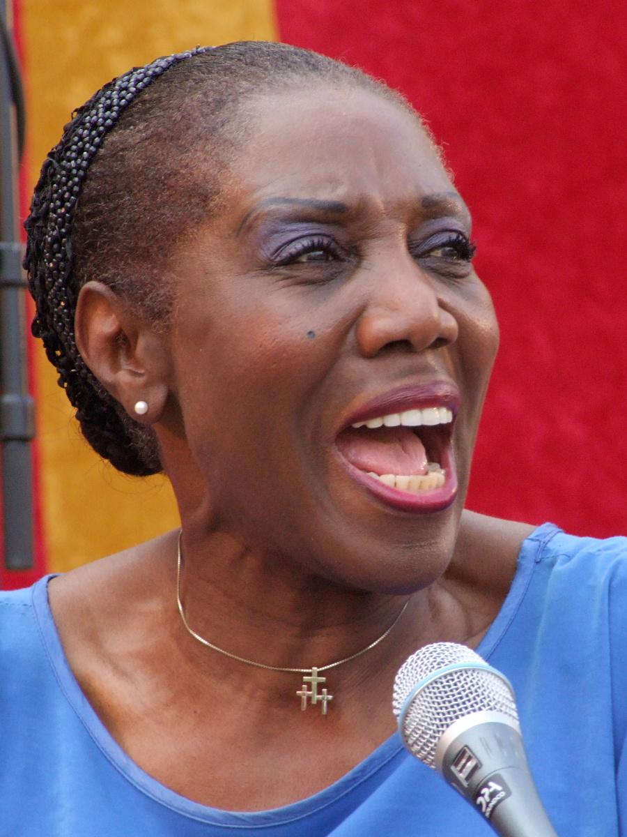 Etta Cameron, 2007
