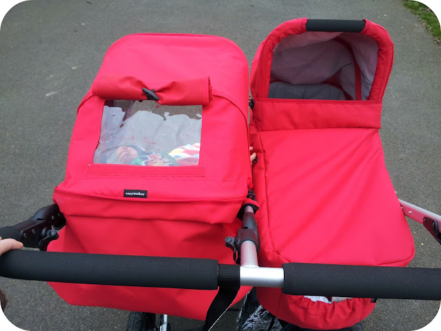easywalker duo, peep hole on pushchair