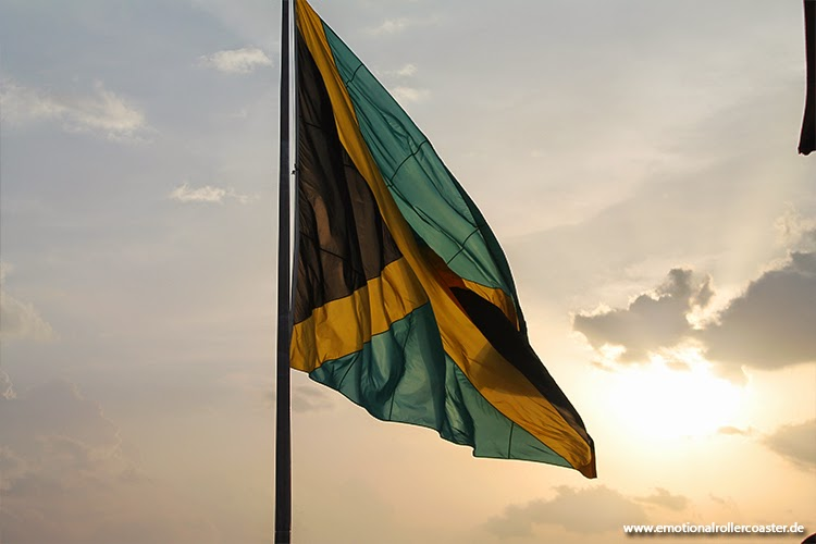 Jamaikanische Flagge im Rick's Cafe