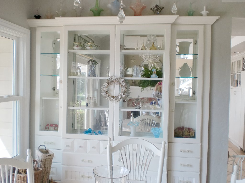 White china cabinet white ironstone cottage for Built in dining room cabinet designs