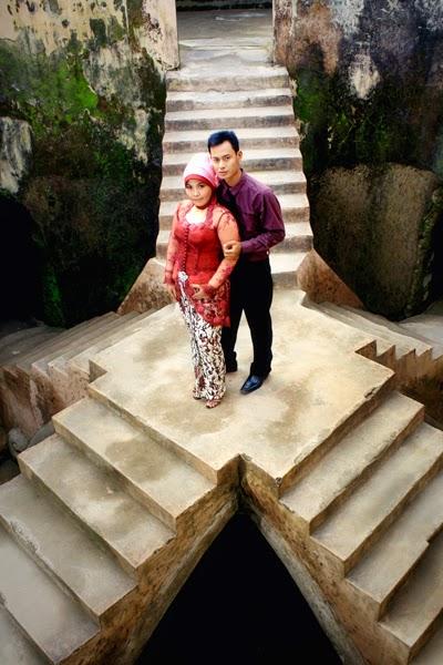 Foto Pre Wedding di Tangga Istana Air Taman Sari Yogyakarta