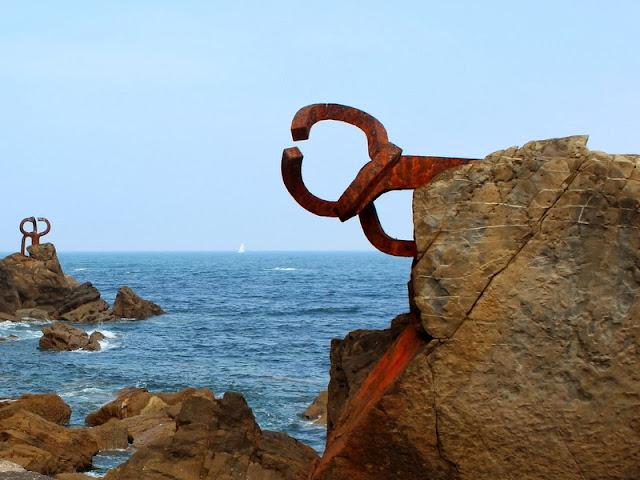 Peine de los Vientos en San Sebastián