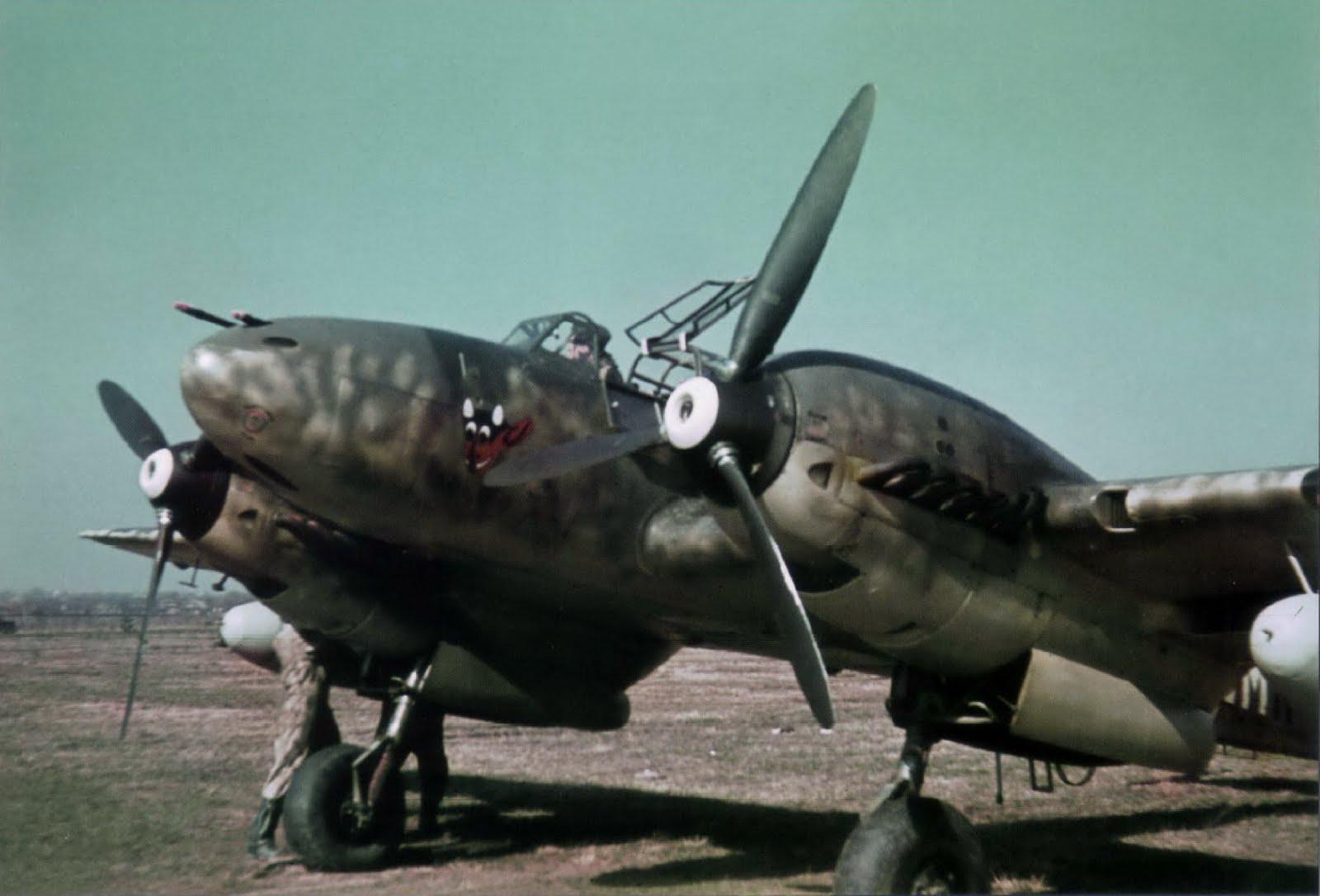 Third Reich Color Pictures: Messerschmitt Bf 110