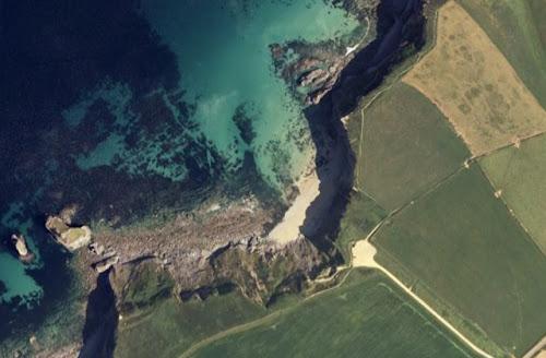 Bassets Cove Cornish Beach Holiday