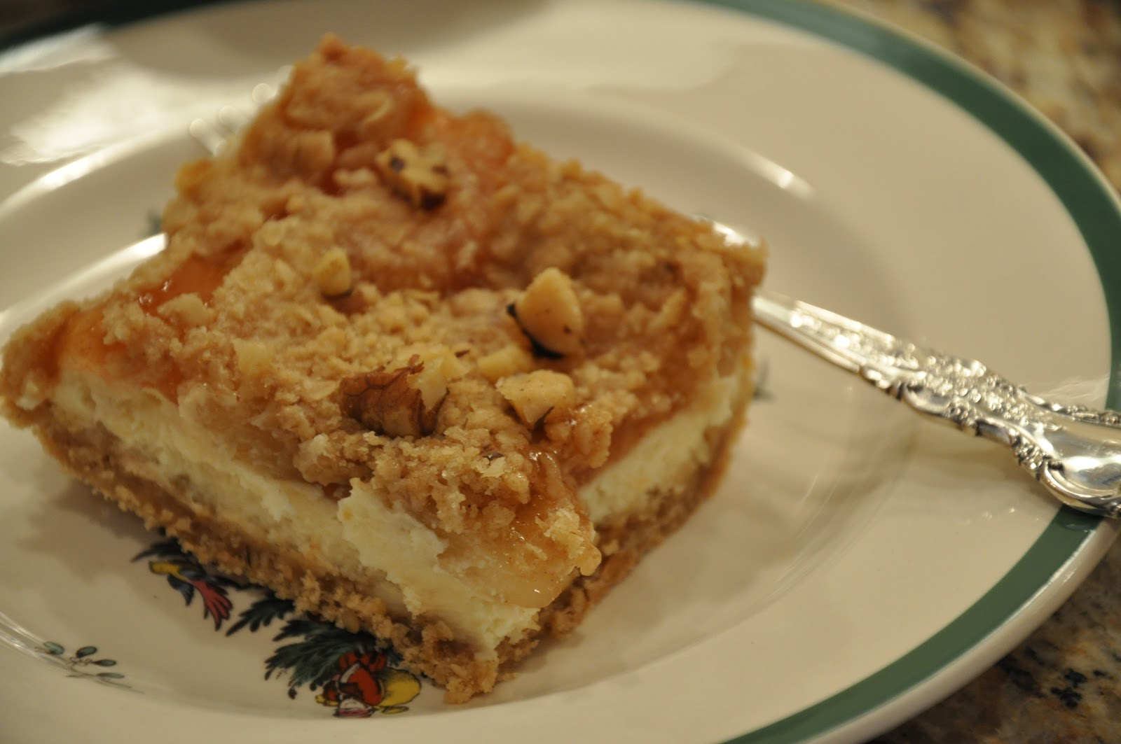 Elizabeth Ann's Recipe Box: Apple Streusel Cheesecake Bars