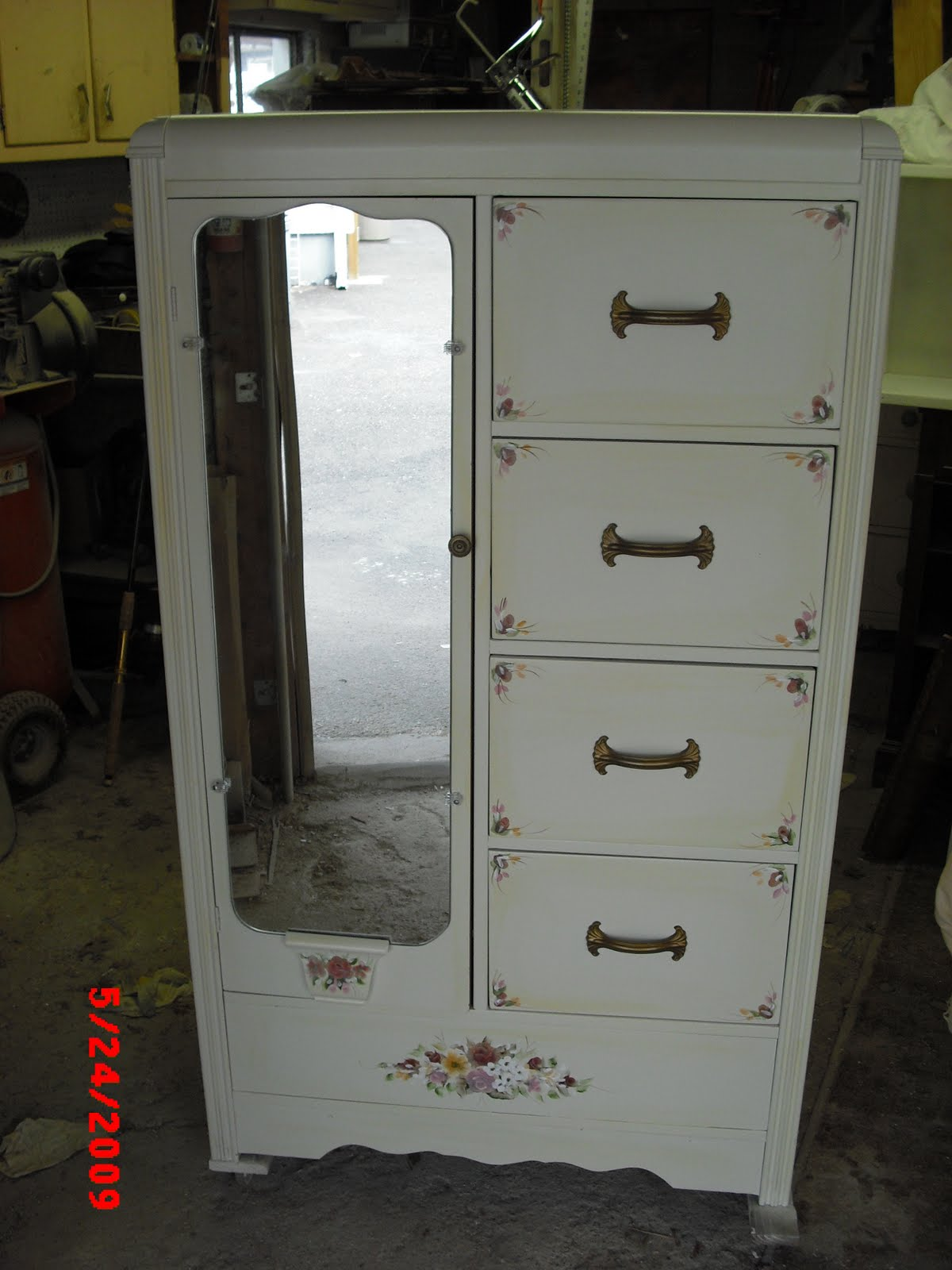 Chifferobe Antique White