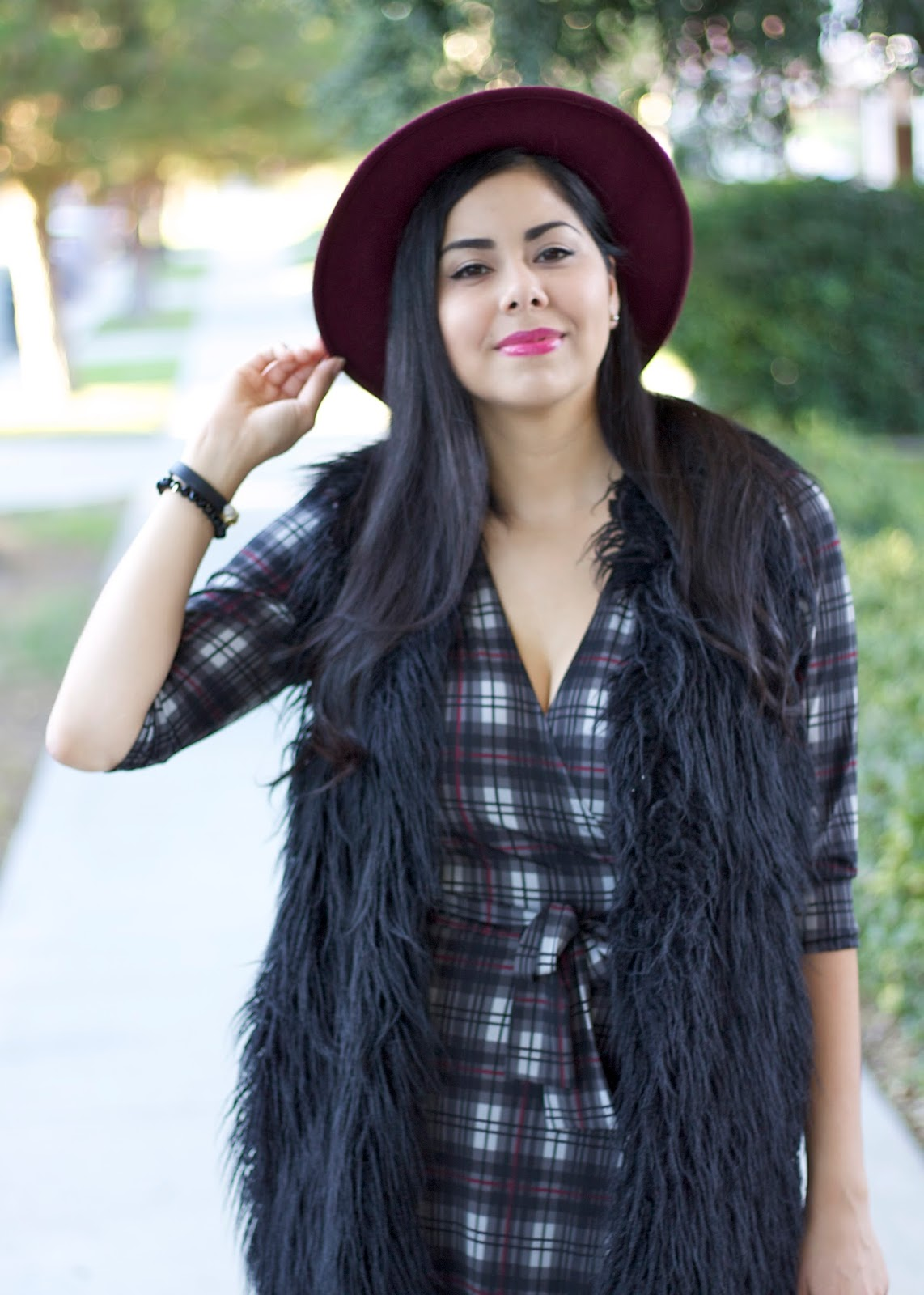 Plaid and faux fur, burgundy fedora, target merona fedora, plaid and fau fur