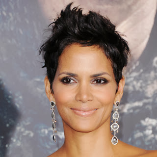 Picture of Actress Halle Berry who suffered from postpartum depression