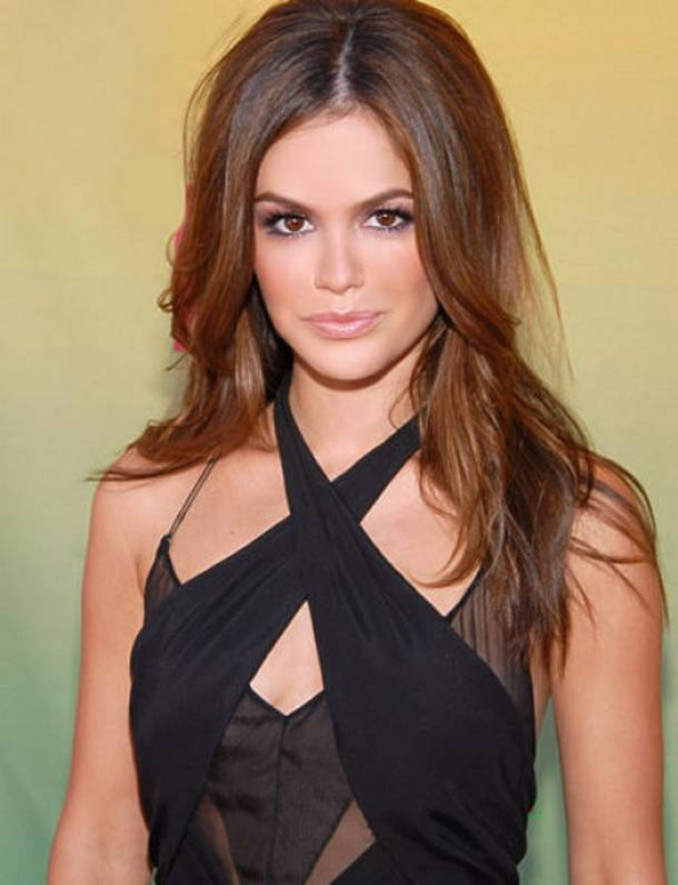 Trends Hairstyles: Natural Brunette Hair Highlights