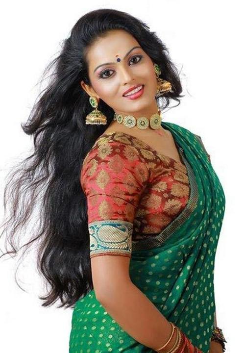 Vishnupriya Latest Saree Photoshoot for Seematti Silks