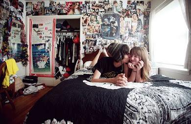Si sonreímos con solo un beso, vamos a reír a carcajadas.