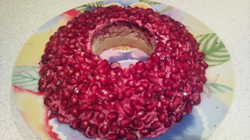 Салат гранатовый браслет рецепт из говядины с пошагово
