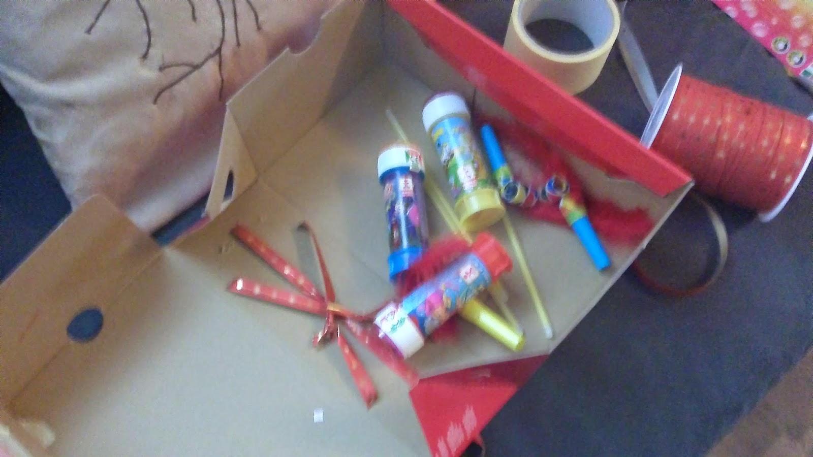 Fabulous dans ma boîte à mimines: Fabriquer une pinata pompier LO53