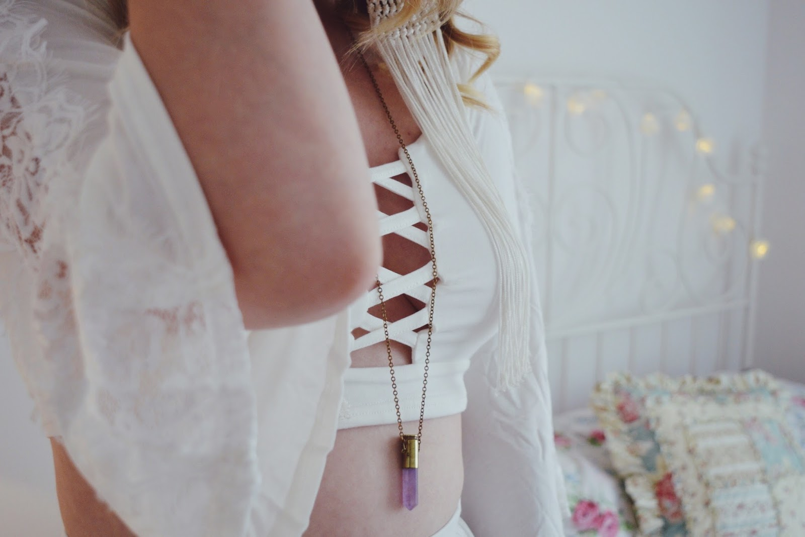 White Lace Two Piece from Boohoo.com, FashionFake, Fashion bloggers