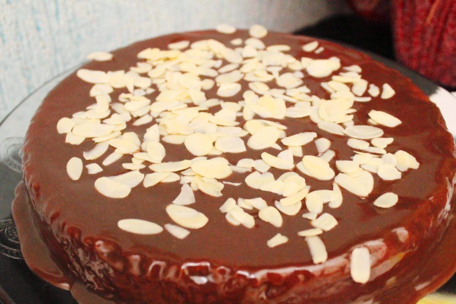 Bolo de cenoura, bolo de cenoura com farinha de aveia e amêndoas