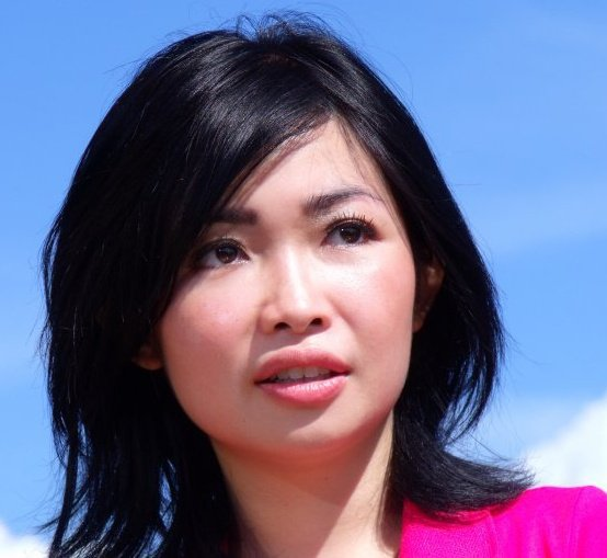 Profil dan Foto Chef Rin Rin Marinka Samarie