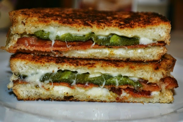 Bacon and Jalapeno Popper Grilled Cheese Recipe