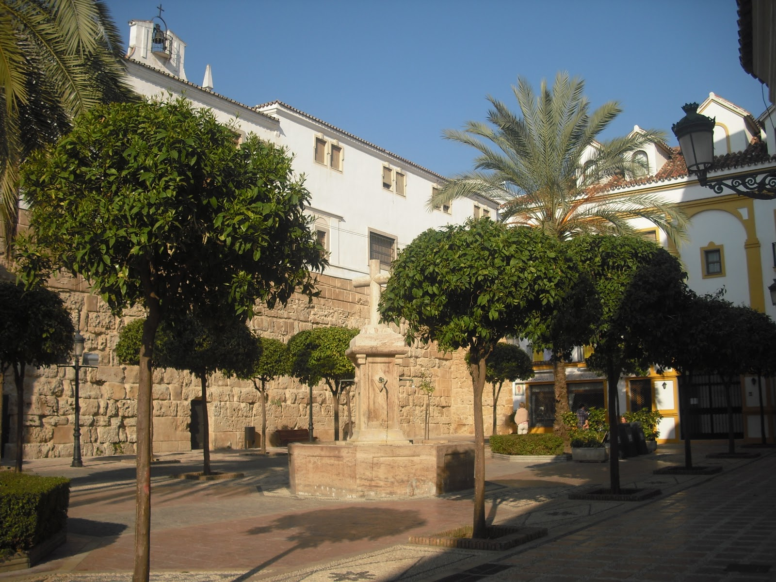 Pacos Paradise: Casco Antiguo - Marbella Old Town