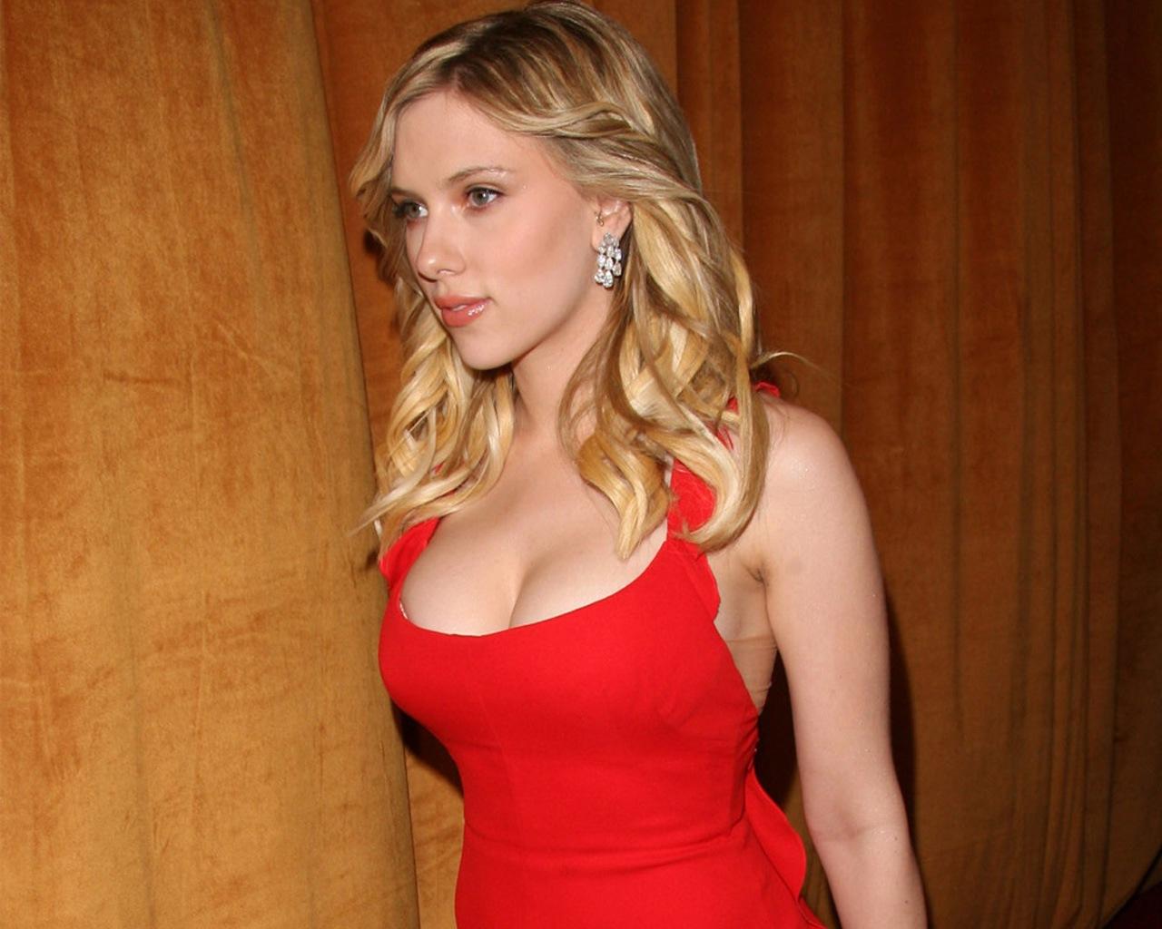 http://4.bp.blogspot.com/-0gy3_GhOwFw/T8-XP65yH3I/AAAAAAAAGS8/pt7HMPXaQws/s1600/Scarlett+Johansson13.jpg