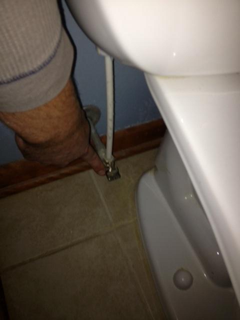 HouSensible :: House + Sensible: Stop a Running Toilet