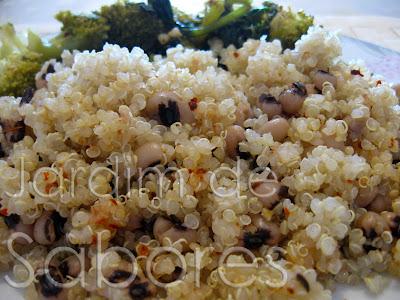 Quinoa com Feijão Frade