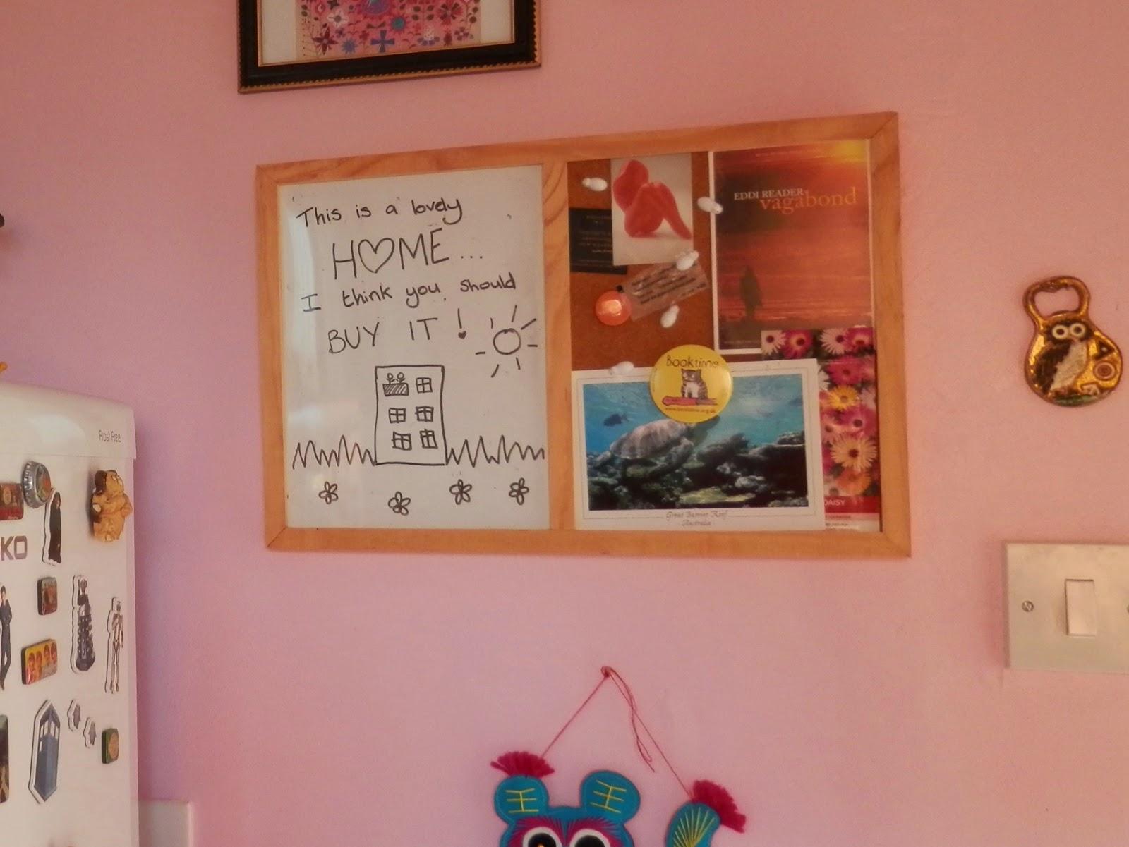 A tour of my little flat.  secondhandsusie.blogspot.com