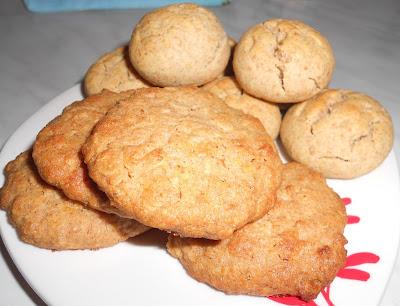 2 ricette di Biscotti integrali: al Miele e con Muesli (Vitalis Light Croccante) e Burro d'Arachidi