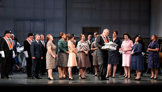 David Kempster & ensemble - Bellini I Puritani - Welsh National Opera - photo Bill Cooper