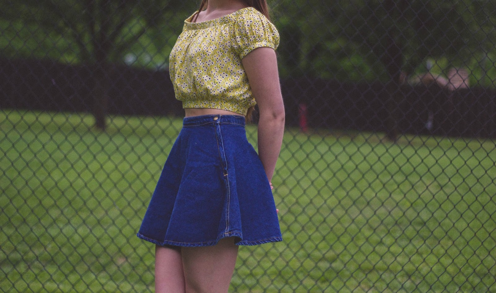 retro style, lolita, denim circle skirt, bardot top, music festival outfit, lana del rey, outfit, fashion blogger, movie, film, costume design, vintage, style