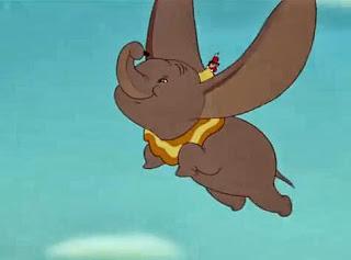 gajah dumbo terbang