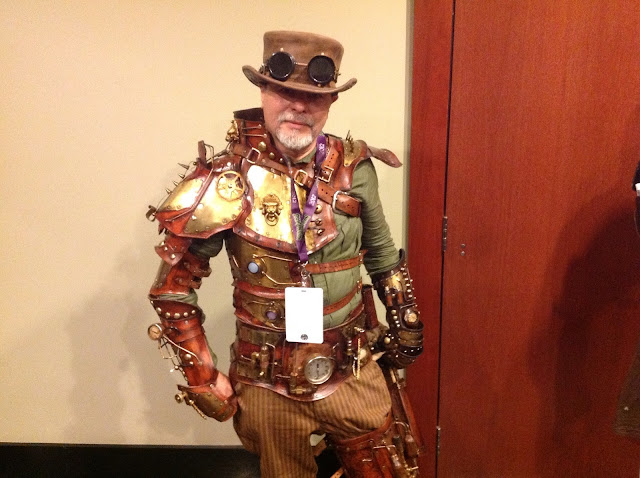 Leslie Hermitt Photos: Very Cool Steampunk Costume