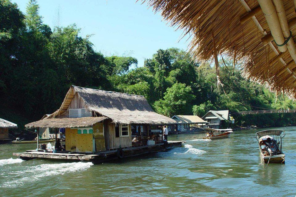 Unseen world floating house thailand for Thailand houses pictures