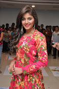 anjali latest glamorous photo gallery-thumbnail-8
