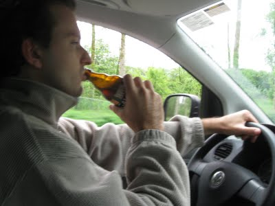 Resultado de imagem para beber ao volante