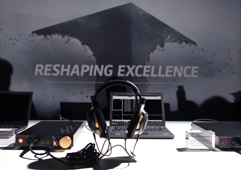 Sennheiser Reshaping Excellence Kopfhörer