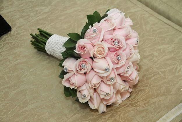 Bouquet com flores selecionadas e customizados!