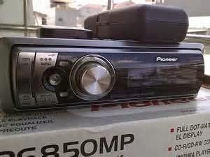 Adapun kisaran harga tape mobil murah yang ada di pasaran saat ini berkisar antara 250 ribu hingga 400 ribu rupiah tergantung fitur dan merk nya.