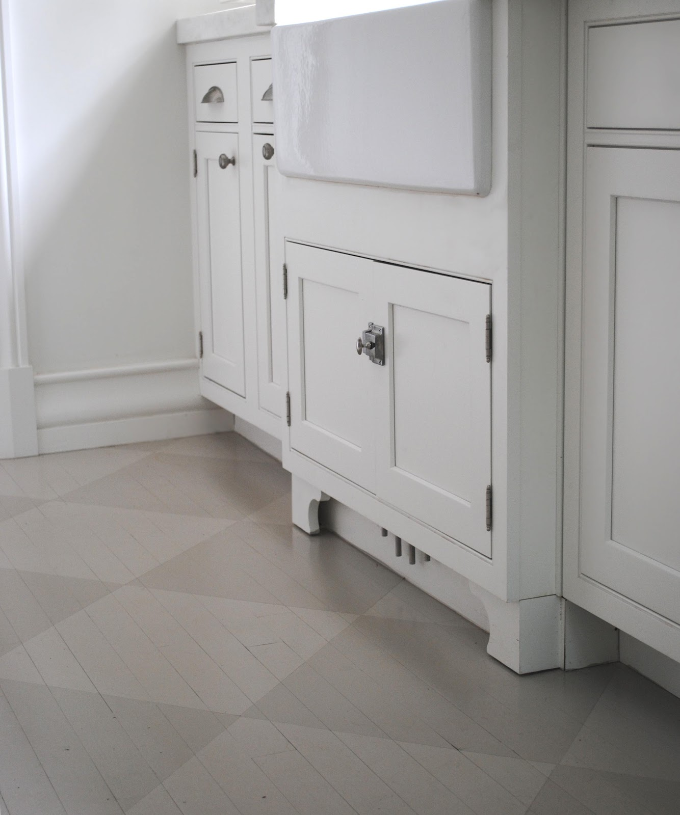 Gray Wood Flooring Kitchen: Tone On Tone: Timeless Swedish Style