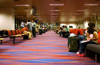 Tata Cara Bepergian dengan Transportasi Pesawat Terbang