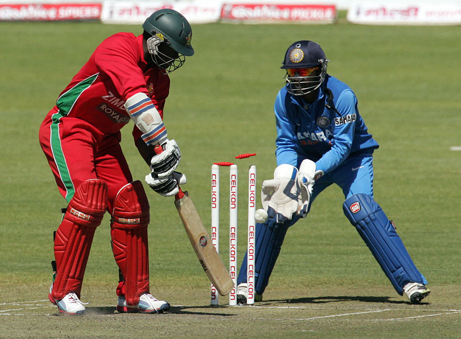 Brian-Vitori-Bowled-Zimbabwe-vs-India-4th-ODI