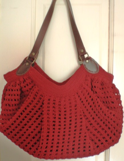 Fat Bottom Crochet Bag in Red Bag n Craft