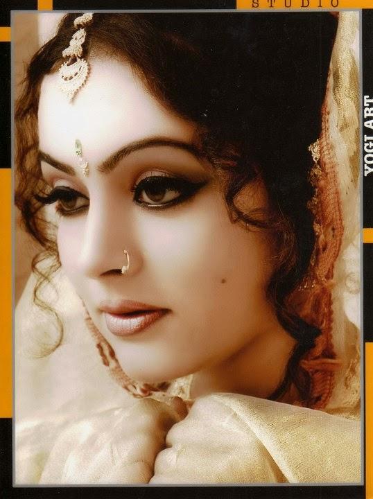 Kiran Acharya Gujarati Actress
