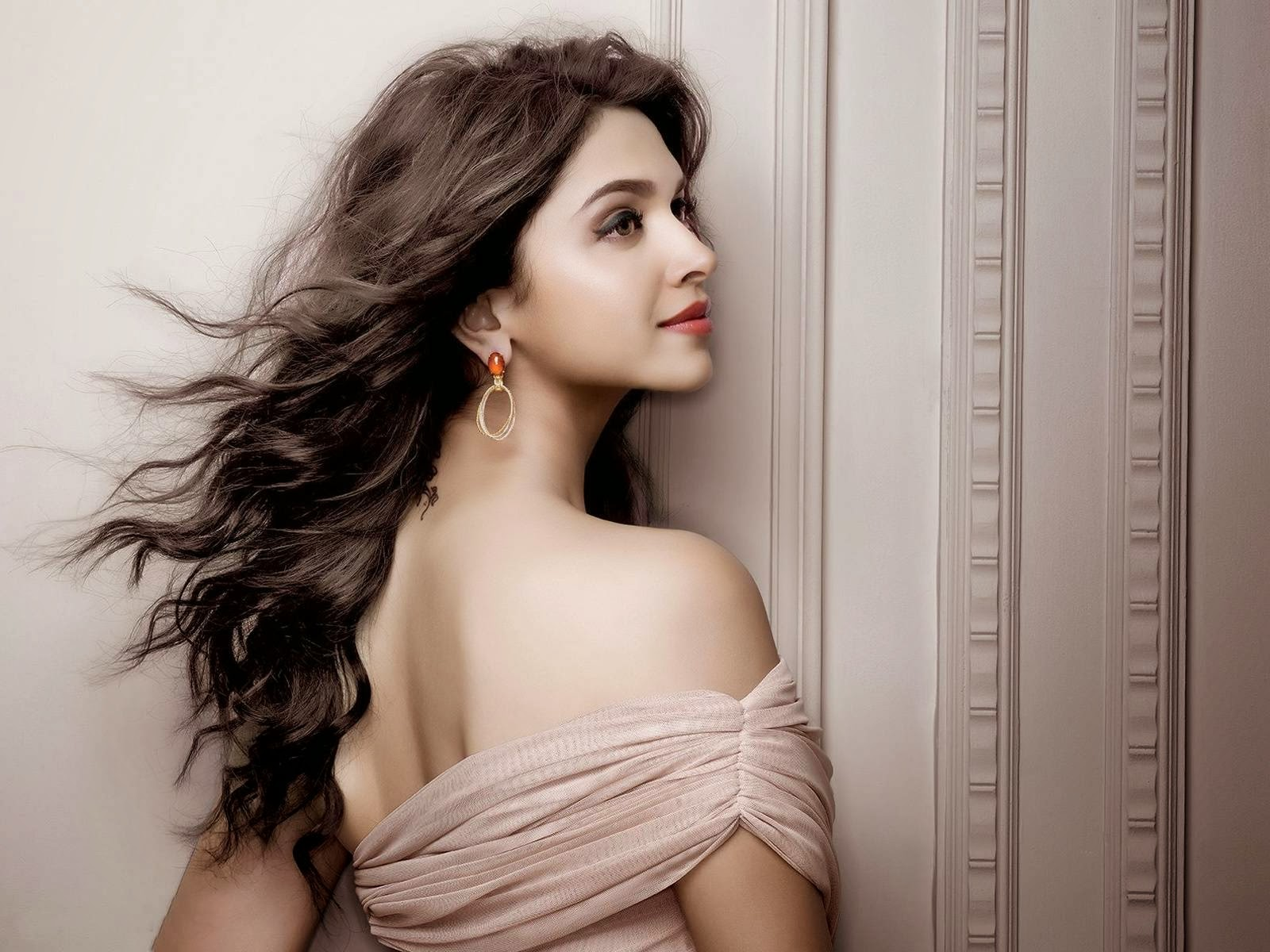 bollywood and hollywood beauti queens it is about deepika