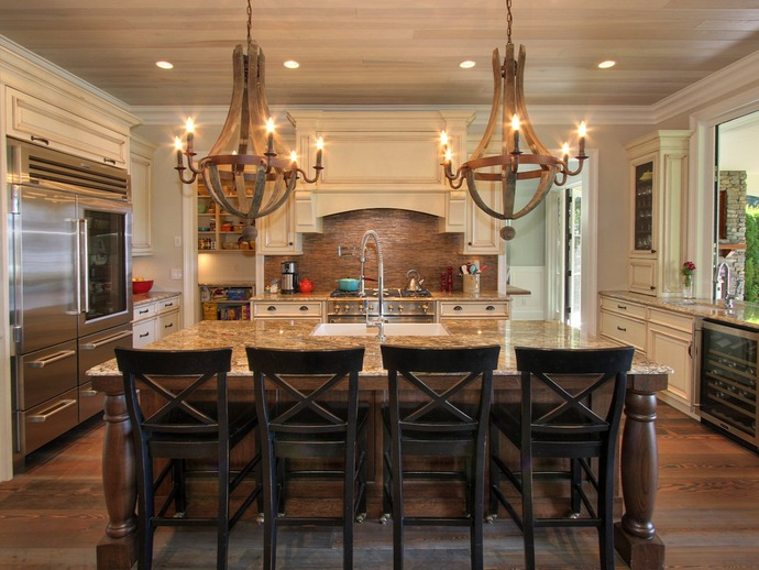 New home interior design lakehouse