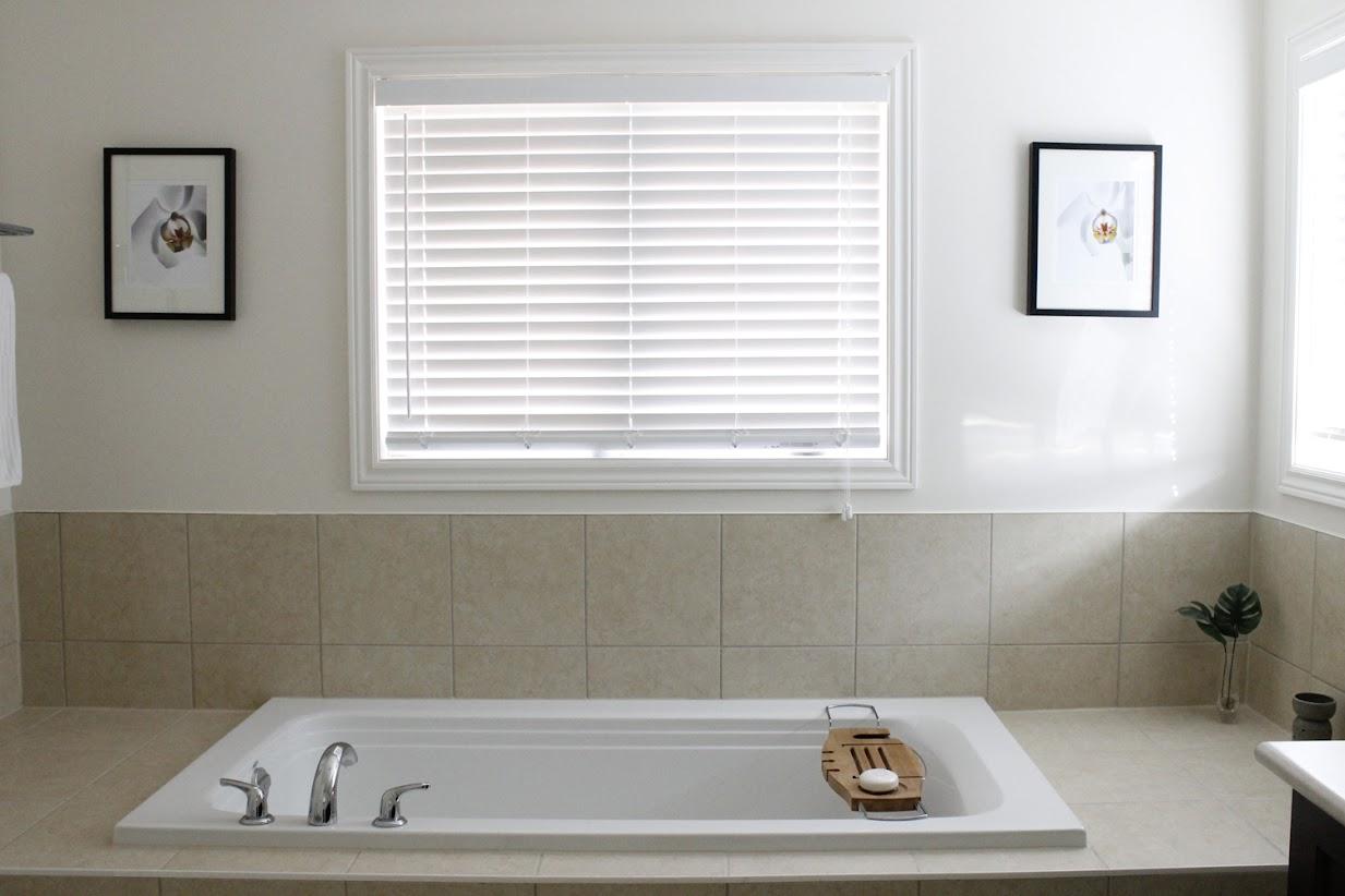 AM Dolce Vita: Bathroom