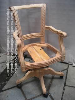 Jepara furniture supplier mebel klasik kursi ukir klasik kursi director mahoni