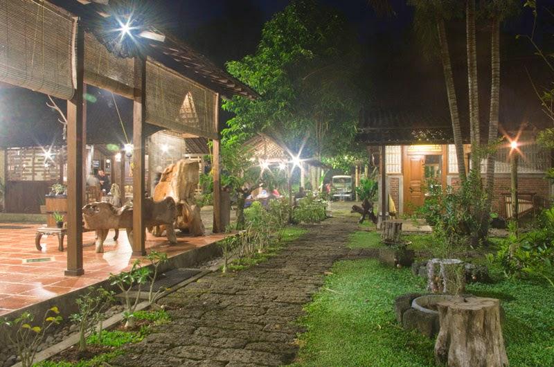Sanggar Genjah Arum, desa Kemiren, Glagah, Banyuwangi.