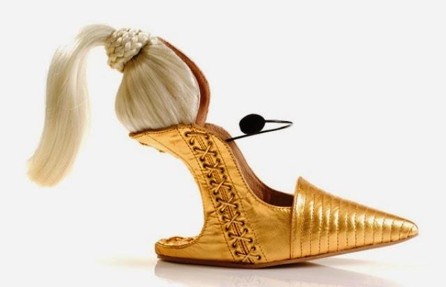 Sepatu Paling Unik serta Aneh - Sepatu Blonde Ambition