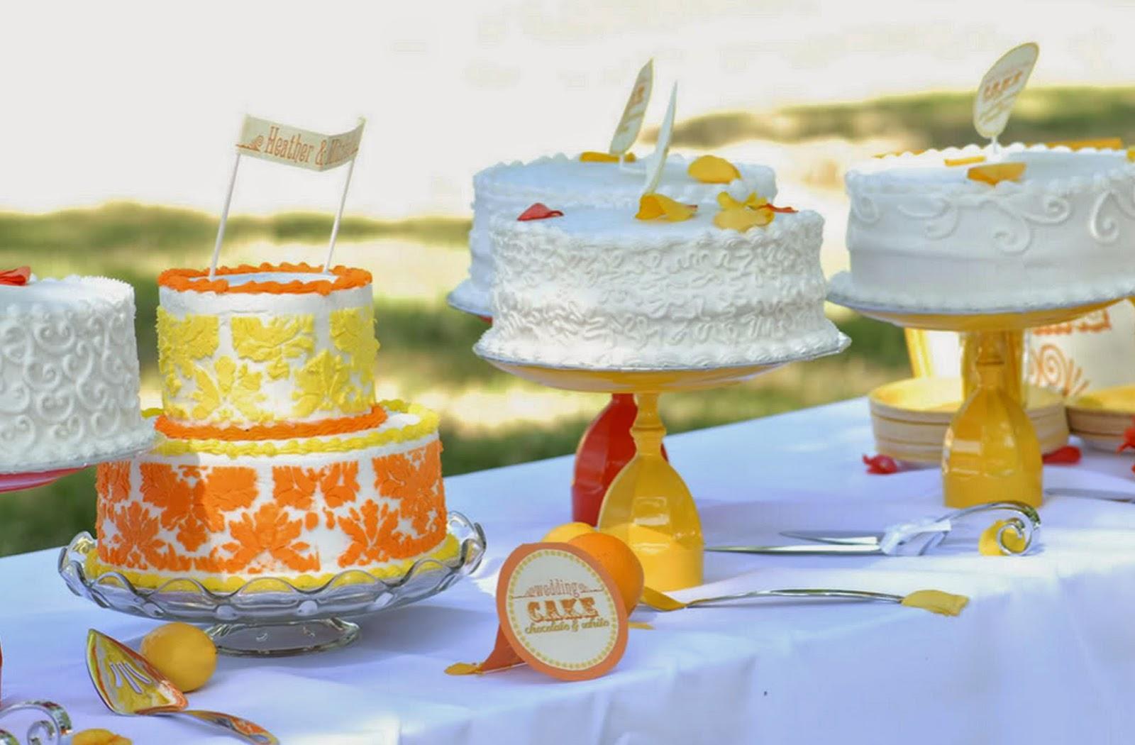http://eatdrinkpretty.com/2010/09/diy-cake-stand-tutorial.html
